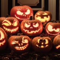 It makes my flesh crawl: idioms for Halloween